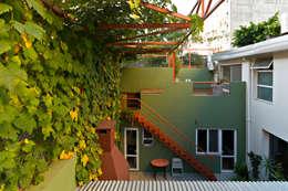 Ph con Parra: Casas de estilo minimalista por Pop Arq
