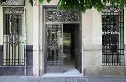 Casas de estilo  por estudio de interiorismo pilar Gimeno