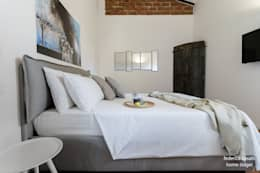 modern Bedroom by federica basalti home staging