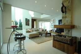 modern Living room by João Luís Linck | Arquitetura