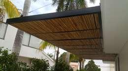 Balcones y terrazas de estilo moderno por Camilo Pulido Arquitectos
