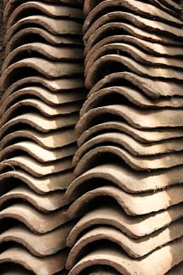 SUBSIDIOS DE REPARACIÓN PATRIMONIAL DE ADOBE:  de estilo  por ALIWEN arquitectura & construcción sustentable