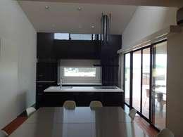 有限会社 橋本設計室의  거실