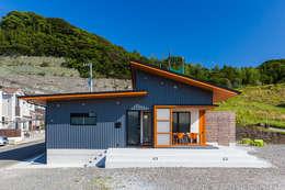 moderne Häuser von 有限会社 橋本設計室