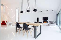 Salón: Salones de estilo minimalista de CABRÉ I DÍAZ ARQUITECTES