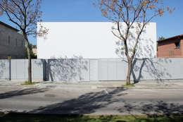 minimalistische Huizen door CABRÉ I DÍAZ ARQUITECTES