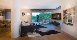 Projekty,  Salon zaprojektowane przez Daifuku Designs