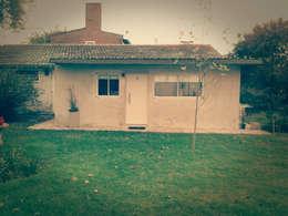 Casas de estilo clásico por Estudio ZP