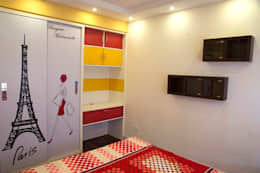 4 BHK in Bengaluru: modern Dressing room by Cee Bee Design Studio