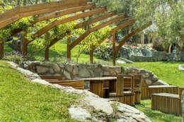 Banca Relax: Jardines de estilo moderno por Marina Vella Arquitectura