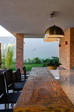 Terrazas  de estilo  por BRAVIM ◘ RICCI ARQUITETURA