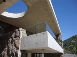 Casas de estilo moderno por Hernan Arriagada / Arq