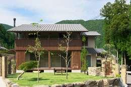 Casas de estilo moderno por 空間工房 森田