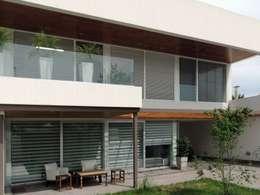 Casa Pueyrredon: Casas de estilo moderno por Pablo Langellotti Arquitectura