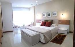 Dormitorios de estilo  por John Robles Arquitectos