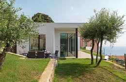 Casas de estilo minimalista por Barra&Barra SRL