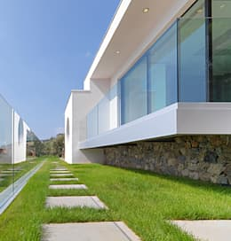 minimalistic Houses by Barra&Barra SRL