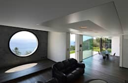 소박한 풍경과 현대적인 디자인의 접점에 지은 단독주택