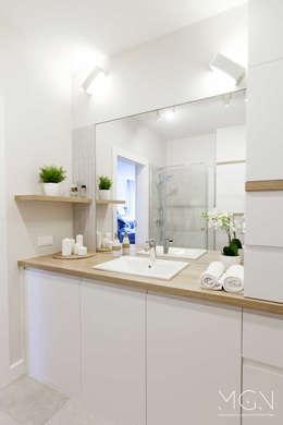 modern Bathroom by MGN Pracownia Architektoniczna