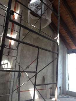 Loft de Recámaras: Recámaras de estilo ecléctico por Molcajete Arquitectura Interiores Diseño