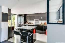 Zoom cuisine: Cuisine de style de style Moderne par ADNOVA