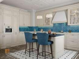 Двухуровневая квартира в неоклассическом стиле, ЖК «Жилой дом на Пионерской»: Кухни в . Автор – Студия Павла Полынова