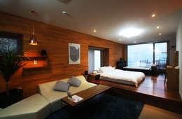 부띠크빌라 까사델아야: 비온후풍경 ㅣ J2H Architects의  침실