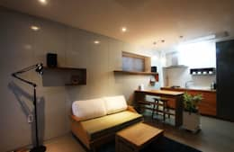 부띠크빌라 까사델아야: 비온후풍경 ㅣ J2H Architects의  거실