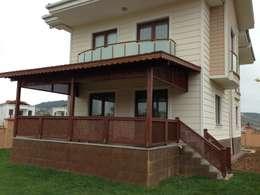 As3 Orman Ürünleri San Ve Tic Ltd Şti – AHŞAP VERANDA: modern tarz Balkon, Veranda & Teras