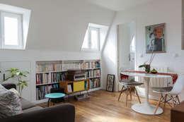 Transformation de chambres de bonne à Paris 11ème: Salon de style de style Moderne par GALI Sulukjian Architecte