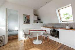 Transformation de chambres de bonne à Paris 11ème: Cuisine de style de style Moderne par GALI Sulukjian Architecte