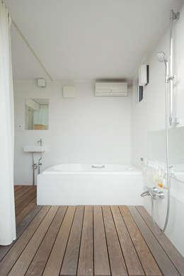 ห้องน้ำ by こぢこぢ一級建築士事務所