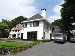 Statige witte villa te Veenendaal:   door 01 Architecten
