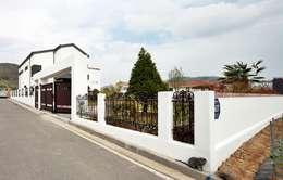외관: 윤성하우징의  주택