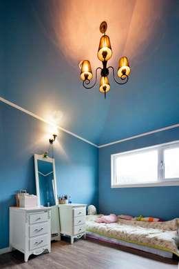 classic Bedroom by 윤성하우징