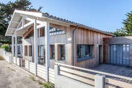 Matthieu GUILLAUMET Architecte: modern tarz Evler