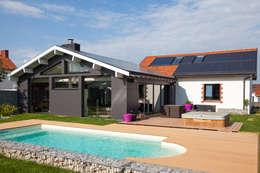 DUV: Maisons de style de style Moderne par Matthieu GUILLAUMET Architecte