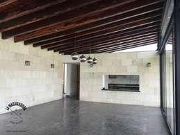Rumah by La Maquiladora / taller de ideas