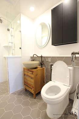 관평동 테크노밸리 10단지 꿈에그린아파트 34평형: 더홈인테리어의  화장실