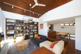 佐賀高橋設計室/SAGA + TAKAHASHI architects studio의  거실
