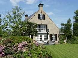 """Notariswoning Villa """"De Hofstede"""": klasieke Huizen door Brand BBA I BBA Architecten"""