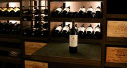 Bodegas de vino de estilo moderno por Degré 12