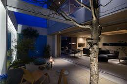 Mアーキテクツ 高級邸宅 豪邸 注文住宅 別荘建築 LUXURY HOUSES   M-architects의  거실