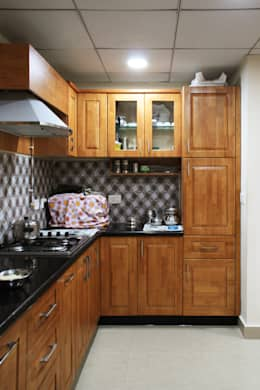Appasamy Mapleton pallikaranai..: classic Kitchen by Ashpra Interiors
