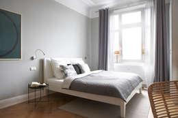 غرفة نوم تنفيذ Studio Uwe Gaertner Interior Design & Photography