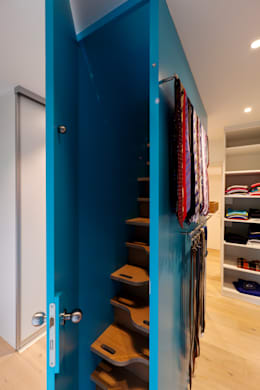 modern Dressing room by Kitzig Interior Design GmbH