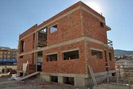 Стены в . Автор – FRAMASA CONSTRUCTORA DEL NOROESTE SLU