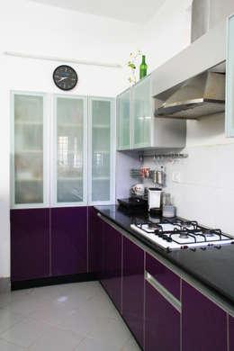 THIRUVANMAYUR BEACH HOUSE..: asian Kitchen by Ashpra Interiors