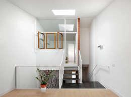ห้องทำงาน/อ่านหนังสือ by Vallribera Arquitectes
