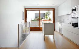 ห้องครัว by Vallribera Arquitectes